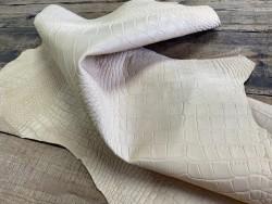 Souplesse du cuir basane imprimé façon crocodile cuir en stock