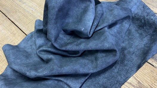 Souplesse veau velours noir carbone métallisé argent cuirenstock