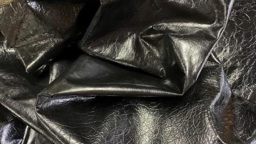 Souplesse cuir d'agneau vernis noir effet froissé Cuirenstock