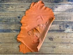 Recto verso peau de cuir de mouton nappa métis orange maroquinerie cuir en stock