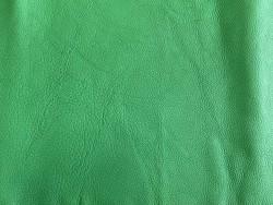 Peau de cuir de taurillon grain togo maroquinerie de luxe française vert Cuir en Stock