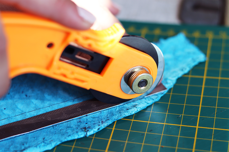 découpe cutter du cuir tuto cuirenstock