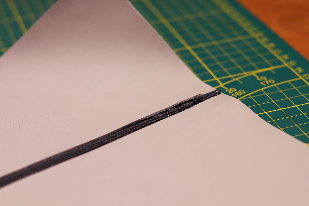 trousse pochette en cuir couture machine patron gratuit