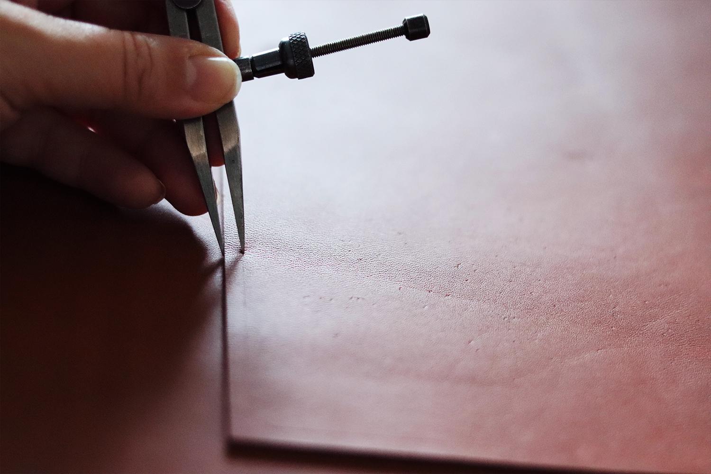 tracer et marquer du cuir tuto DIY Cuirenstock
