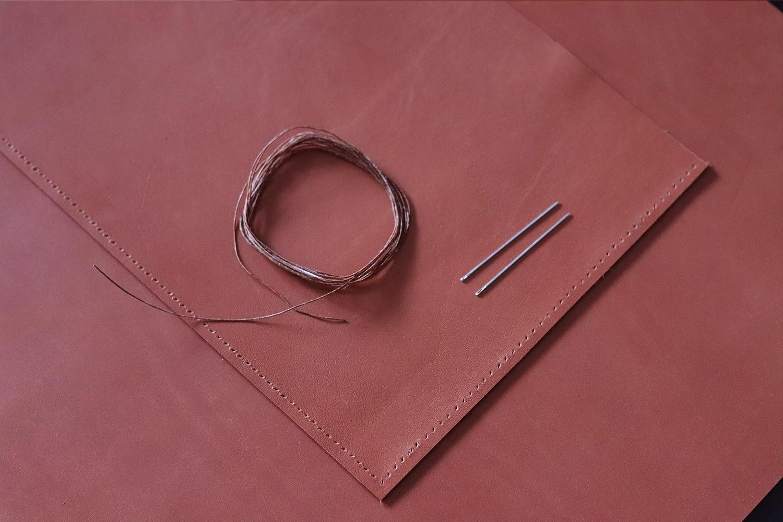 fil poissé et aiguilles bout rond couture point sellier Tuto DIY cuirenstock